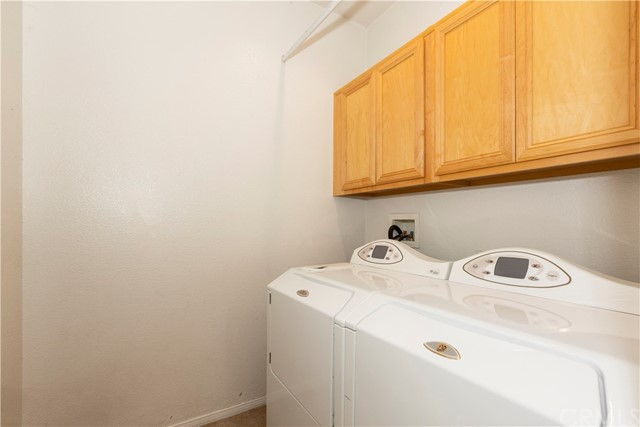 11854 Cedarbrook Place, Rancho Cucamonga CA: http://media.crmls.org/medias/f7e73859-9086-41bc-81b6-cae412630777.jpg