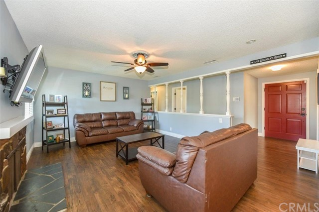 701 S Barnett St, Anaheim, CA 92805 Photo 3