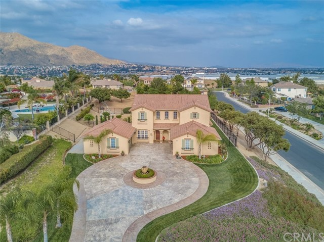 Single Family Home for Sale at 6060 Speyside Road Riverside, California 92507 United States