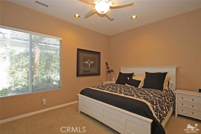 7 Dickens Court, Rancho Mirage CA: http://media.crmls.org/medias/f7ea21f4-046f-4f17-92a1-1281695c97b3.jpg