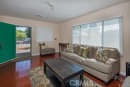 8831 Greenwood Avenue, San Gabriel CA: http://media.crmls.org/medias/f7efd1f8-2063-48d7-9a5a-368a622dd29f.jpg