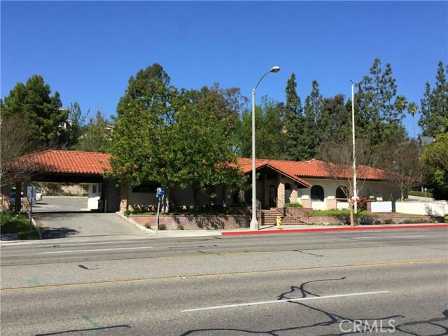 1441 N Brea Boulevard, Fullerton CA: http://media.crmls.org/medias/f7fdb95b-8bd8-4823-b98d-d3a73be416b2.jpg