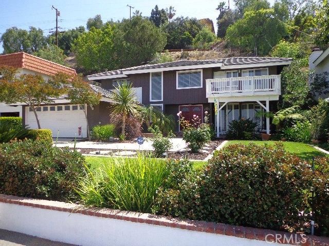 Single Family Home for Rent at 12274 Circula Panorama St Santa Ana, California 92705 United States