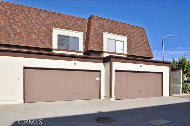 2219 Artesia Boulevard, Torrance CA: http://media.crmls.org/medias/f8111c01-73c8-44c3-b5b0-ac7b022fb5e0.jpg