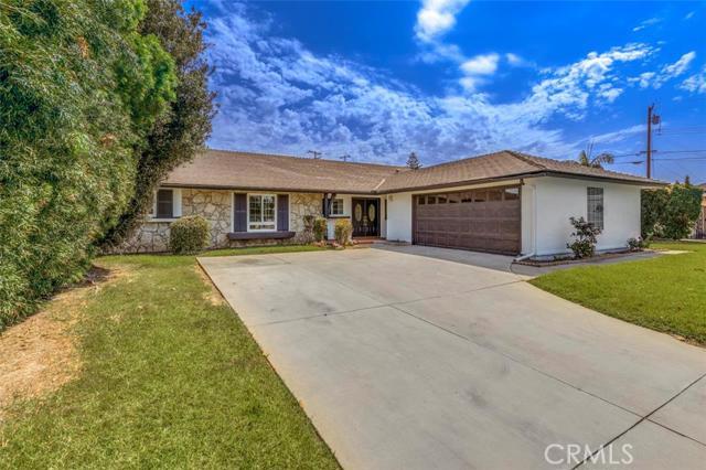 Single Family Home for Sale at 2545 E Oshkosh 2545 Oshkosh Anaheim, California 92806 United States