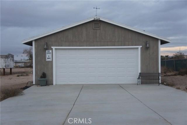 11471 Sonora Road,Phelan,CA 92371, USA