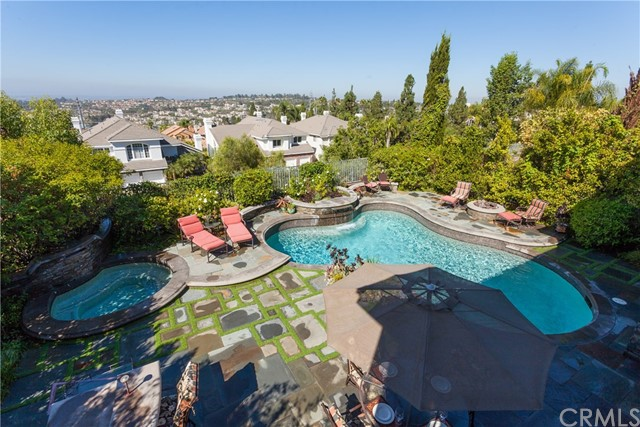 Single Family Home for Sale at 22371 Deerbrook Mission Viejo, California 92692 United States