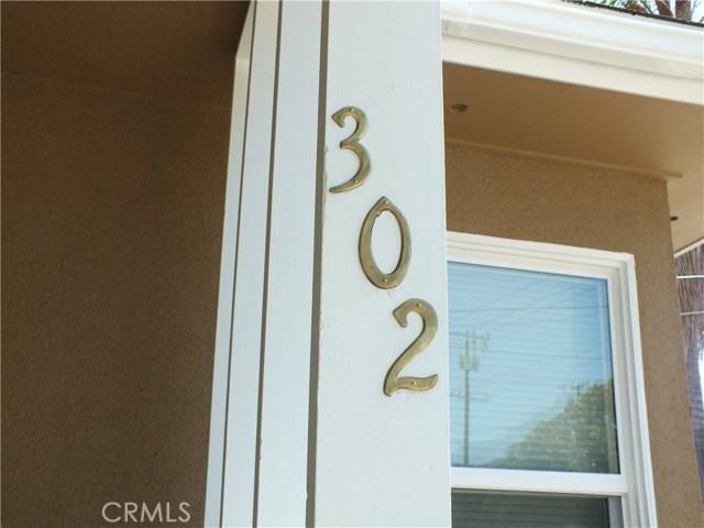 302 Newport Avenue, Long Beach CA: http://media.crmls.org/medias/f82b1080-7919-43d7-88c2-2bc658219602.jpg