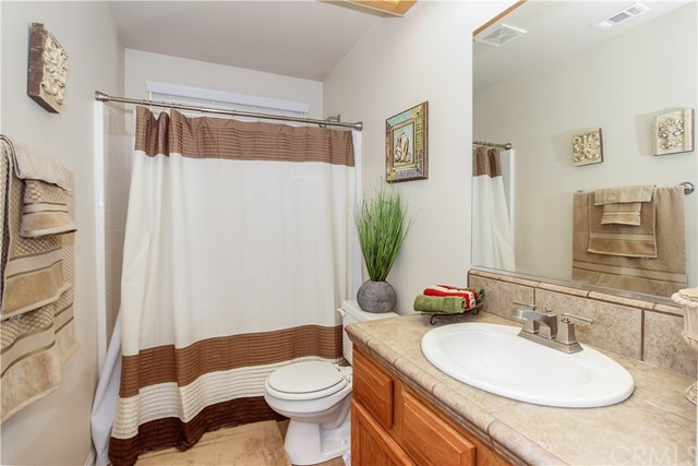 22085 Pahute Road Apple Valley, CA 92308 - MLS #: CV18057645