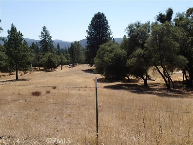 69 Gunderson Road, Oroville CA: http://media.crmls.org/medias/f84dff9a-c08e-47fc-a3f4-b8d69ac99253.jpg