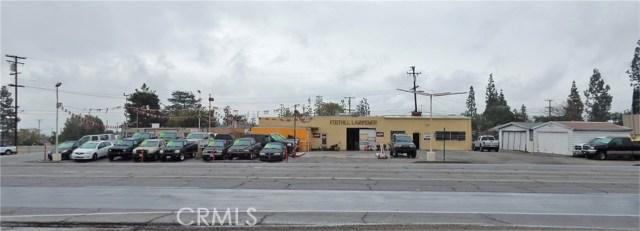 8133 Foothill Boulevard, Rancho Cucamonga CA: http://media.crmls.org/medias/f84f99cb-6908-4ddf-97f1-47dcbf6d3e06.jpg