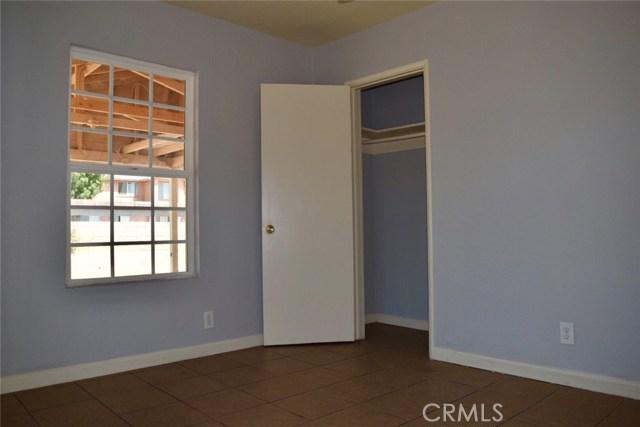 26316 Investors Place, Hemet CA: http://media.crmls.org/medias/f8580d42-10c6-410e-9148-6e762bb239c7.jpg