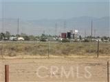 13109 Mojave / Smoke Tree Street, Victorville CA: http://media.crmls.org/medias/f85a037d-95a6-41f0-8c62-d53821edb9a9.jpg