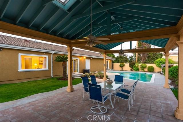 2700 Holly Avenue, Arcadia CA: http://media.crmls.org/medias/f85d1d12-27da-4011-b453-af68637715d6.jpg