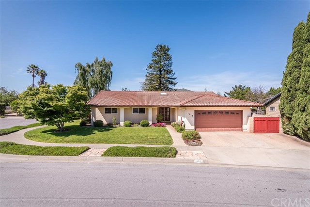 1658 Royal Way, San Luis Obispo, CA 93405