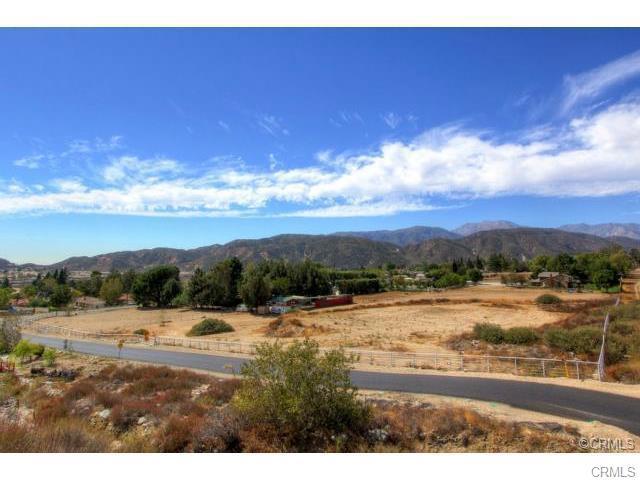 Single Family for Sale at 0 Grandview/Deercrest San Bernardino, California 92407 United States