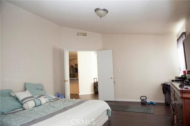 901 S Sixth S Avenue, Hacienda Heights CA: http://media.crmls.org/medias/f8698eaf-e2f6-4554-af81-d3631e964634.jpg