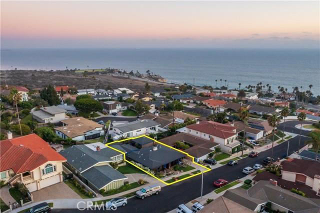3418 Mulldae Avenue, San Pedro CA: http://media.crmls.org/medias/f86abf51-cad1-4d4e-99ec-33666b216c59.jpg