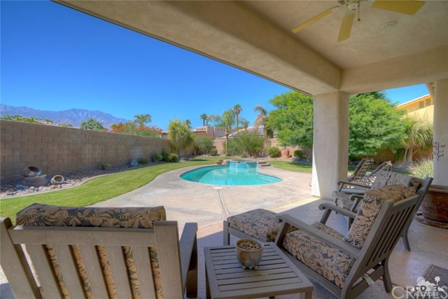 35607 Calle Sonoma, Cathedral City CA: http://media.crmls.org/medias/f86ac438-be17-4a34-b248-dbc6b8b9f48a.jpg
