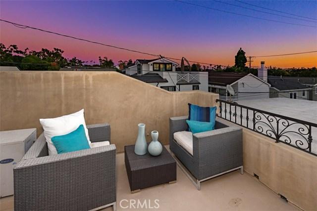 608 1/2 Begonia Avenue, Corona del Mar CA: http://media.crmls.org/medias/f86fe201-338f-48cb-898c-08de2b25d295.jpg