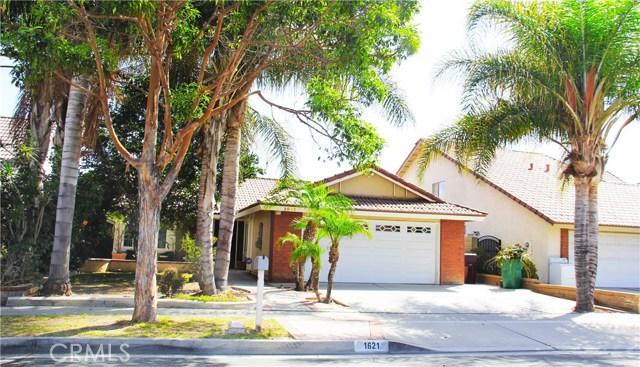Single Family Home for Sale at 1621 Douglas Street S Santa Ana, California 92704 United States