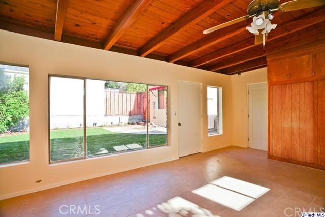 3445 LAS PALMAS Avenue, Glendale CA: http://media.crmls.org/medias/f87494aa-ac12-4f3f-881d-fb59d3421a33.jpg