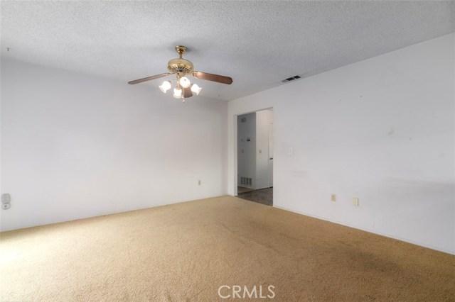 7533 Leucite Avenue, Rancho Cucamonga CA: http://media.crmls.org/medias/f881ca39-f00d-41dd-acb7-007d9dd84d3b.jpg
