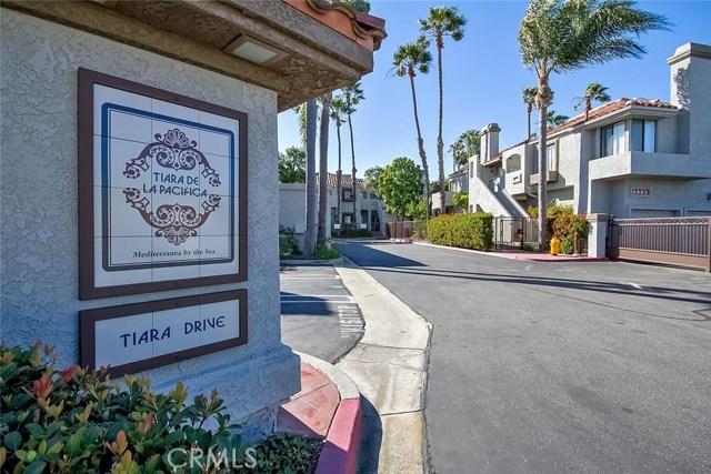 4852 Tiara Drive, Huntington Beach CA: http://media.crmls.org/medias/f8a98afc-ba6f-4479-ad5f-b6063e683ed0.jpg