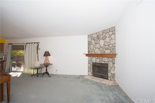 16926 Ouray Road, Apple Valley CA: http://media.crmls.org/medias/f8ae72bf-81f1-4407-981b-a383674a32ec.jpg