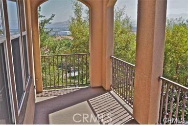 321 Tall Oak, Irvine CA: http://media.crmls.org/medias/f8b587f2-1509-4381-9ea7-e91593bf2ed1.jpg