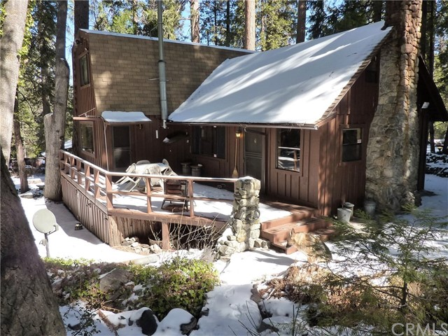 独户住宅 为 销售 在 116 Barton Flats Tract Angelus Oaks, 加利福尼亚州 92305 美国