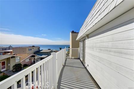 225 25th St, Manhattan Beach, CA 90266 photo 3