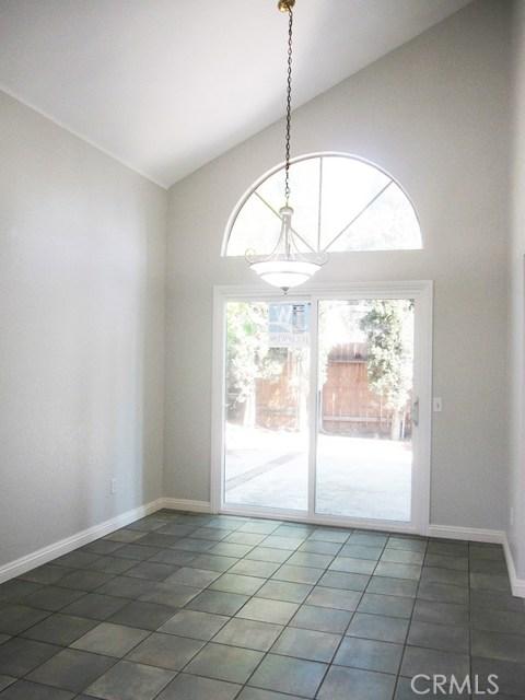 7561 Marmande Place, Rancho Cucamonga CA: http://media.crmls.org/medias/f8d82390-1b1b-49c8-a224-31204f620c43.jpg