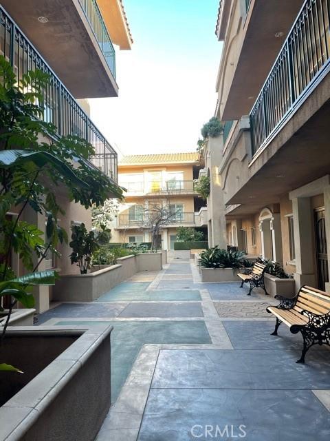 120 De Anza Street, San Gabriel CA: http://media.crmls.org/medias/f8da5feb-0eb0-4e38-9b5a-b57d37a304fd.jpg