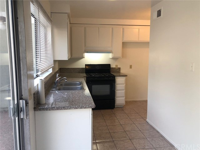 2129 E Aroma Drive, Los Angeles, California 91791, 2 Bedrooms Bedrooms, ,2 BathroomsBathrooms,Condominium,For sale,Aroma,WS20228399