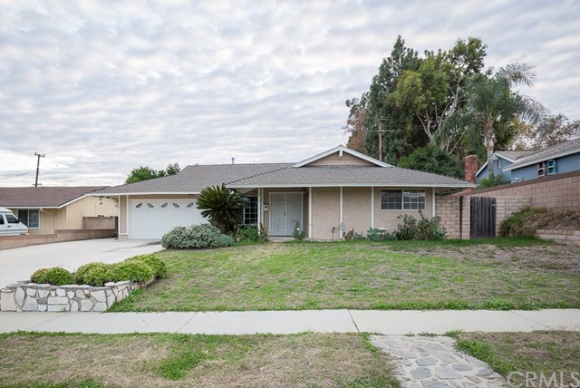21230 Cold Spring Lane, Diamond Bar CA: http://media.crmls.org/medias/f8e40492-5597-4a20-86b4-d29ff3b78ac1.jpg