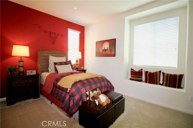 4971 Adera Street, Montclair CA: http://media.crmls.org/medias/f8e917f2-2bd7-4cab-af05-ccb21ba01010.jpg