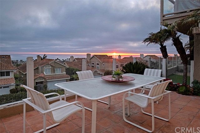 f8f698cb-9ffc-4056-8a6b-1d979087e395 31 New York Court, Dana Point, CA 92629 <span style='background-color:transparent;padding:0px;'><small><i> </i></small></span>
