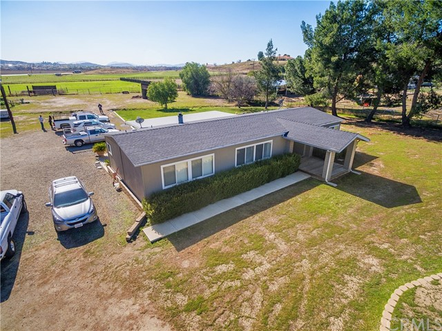 32265 Keller Road Winchester, CA 92596 - MLS #: SW18031450