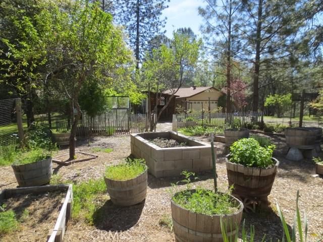 5950 Pine Top Drive Mariposa, CA 95338 - MLS #: MP17105412