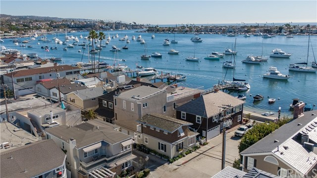 104 Onyx, Newport Beach, California 92662, 2 Bedrooms Bedrooms, ,1 BathroomBathrooms,Residential Purchase,For Sale,Onyx,OC20210035