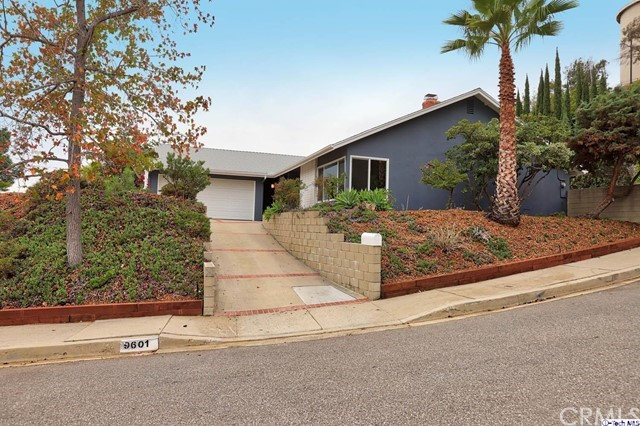 9601 Crystal View Dr, Tujunga, CA 91042 Photo