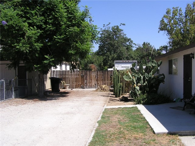 1166 E Rialto Avenue San Bernardino, CA 92408 - MLS #: IV17183620