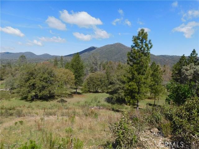 5833 Half Dome, Mariposa CA: http://media.crmls.org/medias/f9379ec2-c5c2-4a3e-91f3-e536fcdc658a.jpg