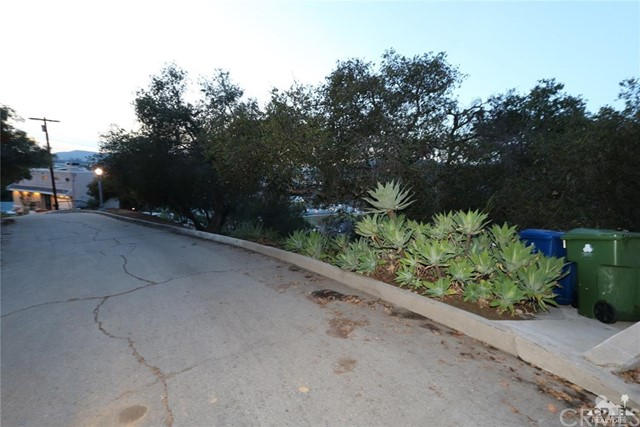 Wildwood Dr, Los Angeles, CA 90041 Photo 9