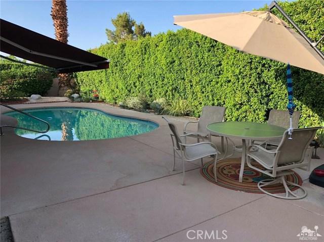 21 Mission Palms, Rancho Mirage CA: http://media.crmls.org/medias/f93dcfd7-1700-43cb-8c9a-bd6ecf63b90e.jpg