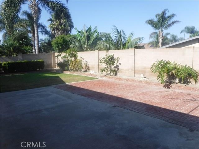 21262 Cupar Lane, Huntington Beach CA: http://media.crmls.org/medias/f93e359f-7043-41ce-bf01-88cf11654465.jpg