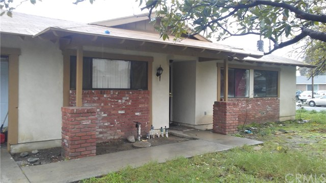 479 W Lurelane Street, Rialto CA: http://media.crmls.org/medias/f953183e-330a-4e2e-aa37-f5e2b8d9be1c.jpg