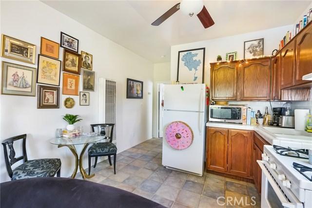 1042 Hyperion Avenue, Los Angeles CA: http://media.crmls.org/medias/f958c20d-d025-4e3b-bc9c-905aa97ee04b.jpg