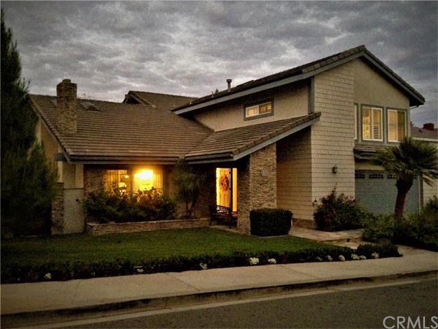 Single Family Home for Sale at 1 Silver Crescent Irvine, California 92603 United States